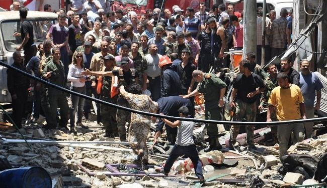 Car bombing in central Syria kills dozens