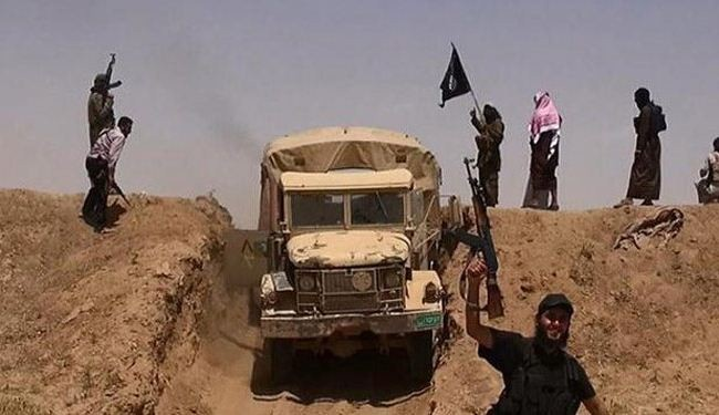 ISIL takes control of 2 Iraqi towns, border crossing
