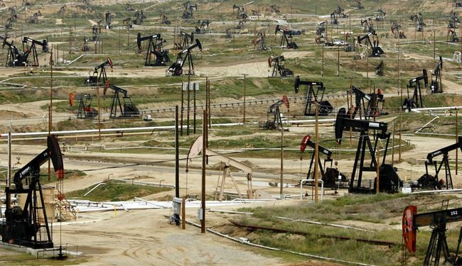 US seen as world's biggest oil-producer, overtakes Saudi Arabia