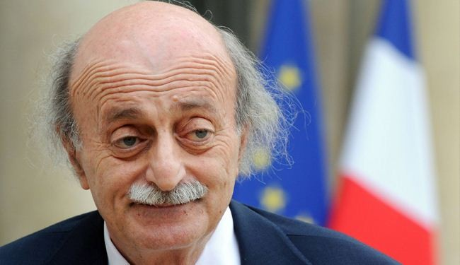 Jumblatt gives Nasrallah book on secret deal to divide the Middle East