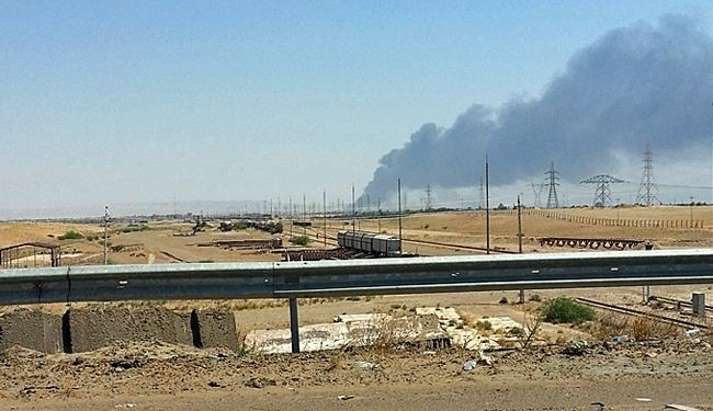 ISIL grasps 7 oil fields, large supplies of wheat in Iraq