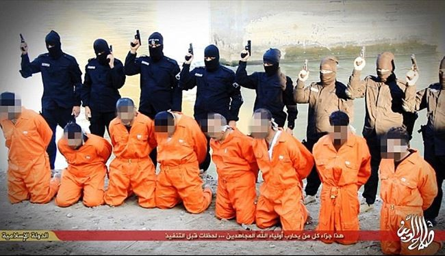 ISIS release photographs of execution of eight Iraqi police officers