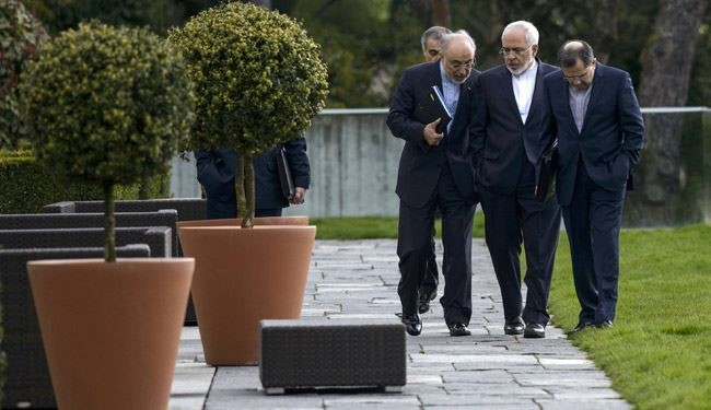 Zarif Waiting for Latest Counterpart after Meeting with Chinese