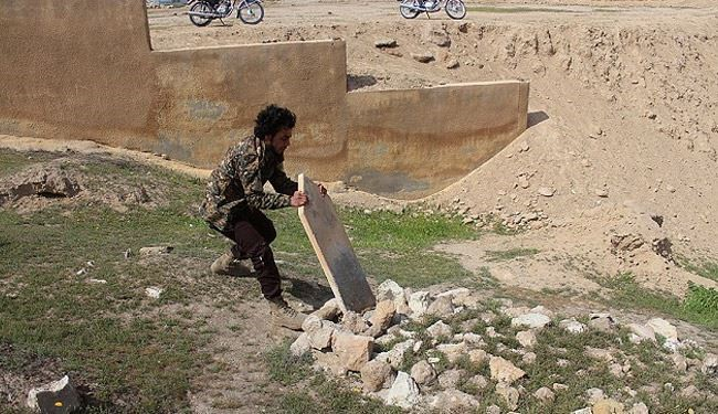 ISIS Starts Destruction of Tombs in Syrian Cemetery + Pics