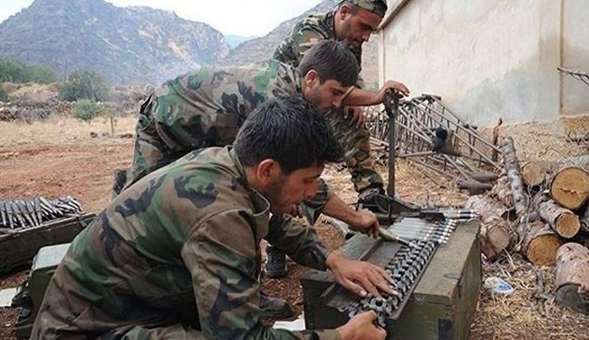 Syrian Army Destroys ISIL's Command Center in Deir Ezzur