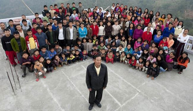 Indian Man's Happy Life with 39 Wives, 94 Children and 33 Grandchildren