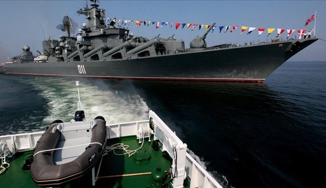 Russian Warships Arrive at Indian Port in Indian Ocean