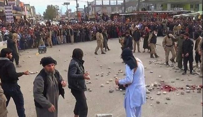 Picture: ISIS for 1st Time Stones a Western Female Member to Death