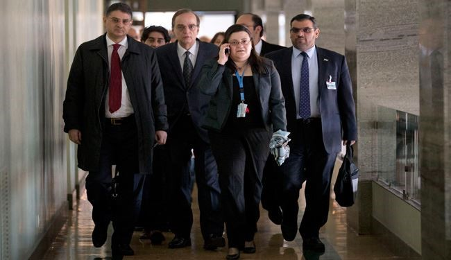 Syrian Opposition Meets to Decide on Syria Peace Talks