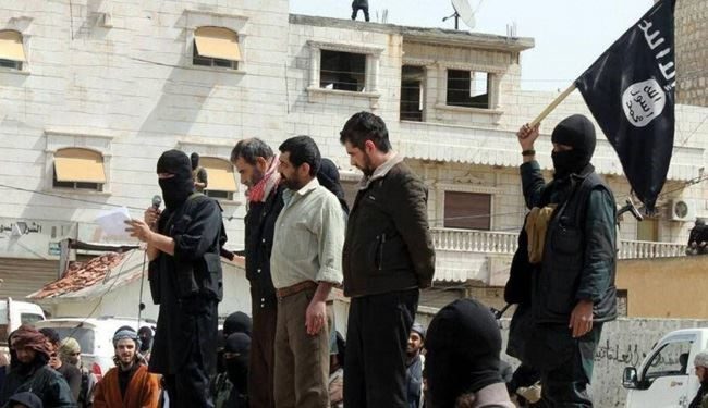 ISIS Terrorists Execute 17 Young Men in Northern Iraq