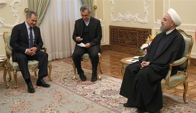 Iranian President Receives Russia Defense Minister in Tehran