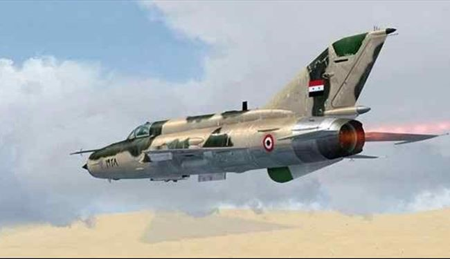 Syrian Jets Pounds ISIS Terrorists Ammunition, Hideouts in Deir Ezzor