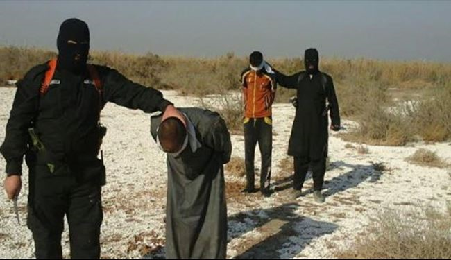 ISIS Terrorists Execute 3 Civilians for Writing Banners in Hawija District