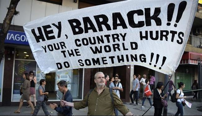 Angry Argentinian People Take to Streets to Protest Obama's Visit