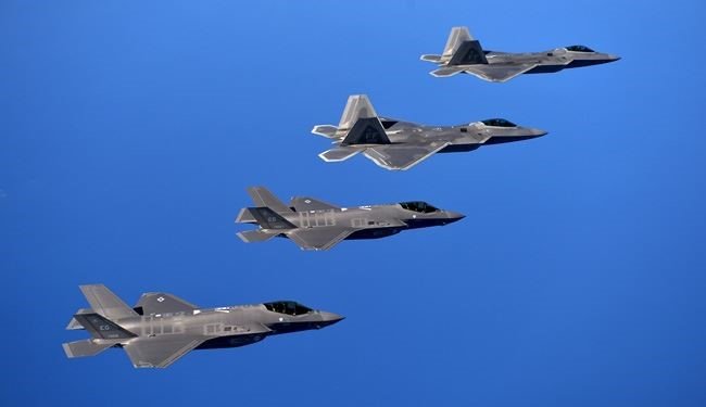US Deploys F-22 Warplanes to Romania in Eastern Europe over Russia Threat