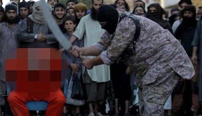 ISIS Forced Families to Watch as their Loved Ones Beheaded in Syria's Raqqa