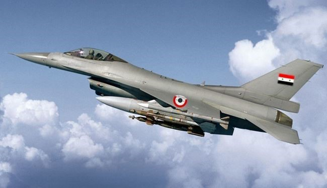 Syrian Air Force Targets ISIS Positions 6 KM Westen Deir Ezzo