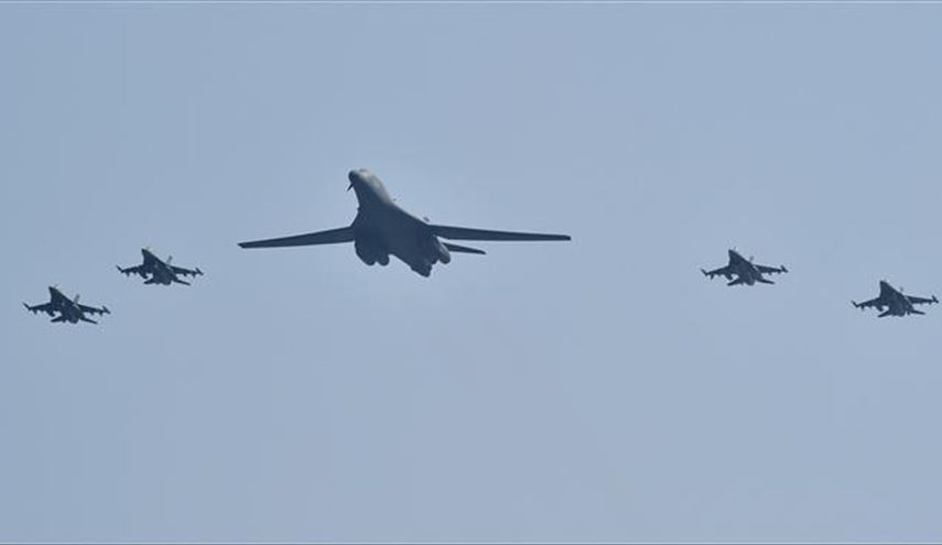 Message to N. Korea: US B-1 Lancer Bombers Escorted by F-16 Fighter Jets Fly over S. Korea