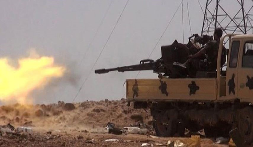 Syrian Army Repels ISIS Attacks on 3 Points in Deir Ezzur