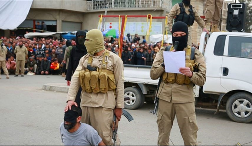 ISIS Executes Own Commanders for Unknown Reasons in Syria's Deir Ezzor