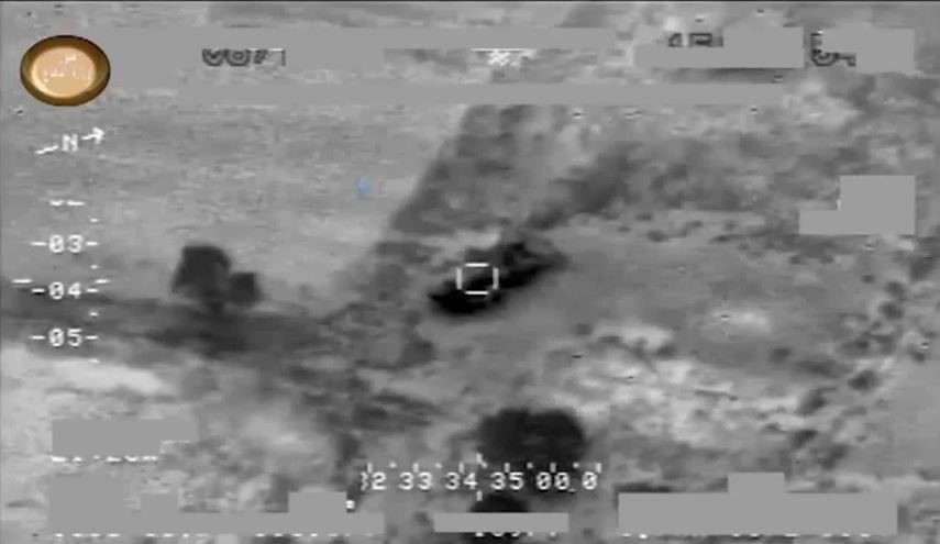 Iraqi Air Force Destroys ISIS Vehicles during Shirqat Attacks