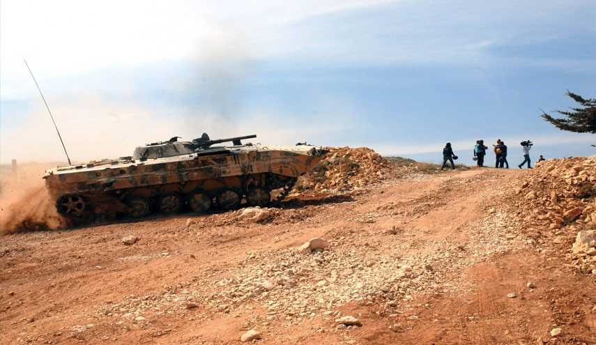 Syrian Army Pounds Al-Nusra Front Terrorists in Daraa Province Bordering Jordan