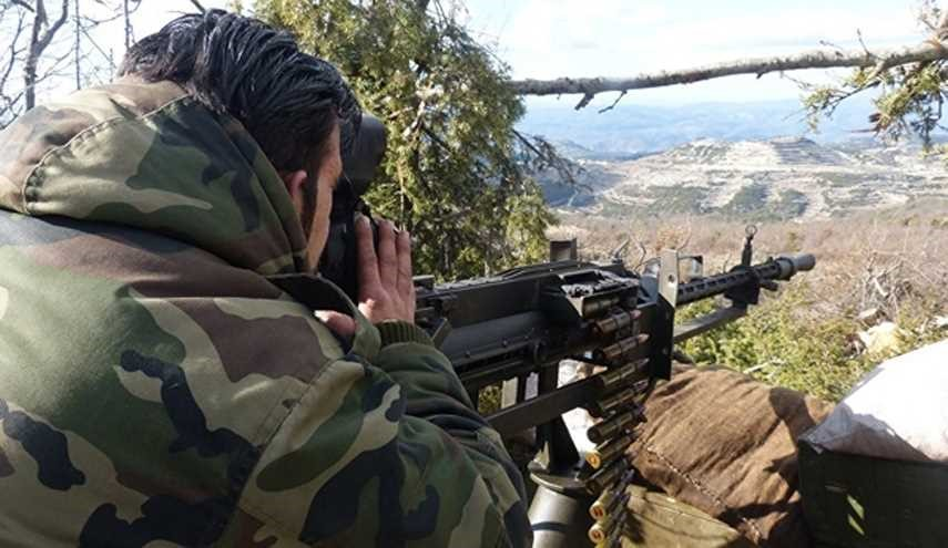 Syrian Army Troops Intensify Attacks on Militants' Positions in Western Aleppo