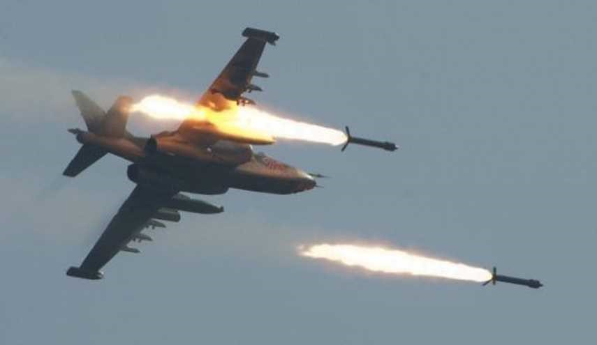 Syrian Air Force Launches Heavy Air Assault on Terrorists' Bases in Idlib,Hama
