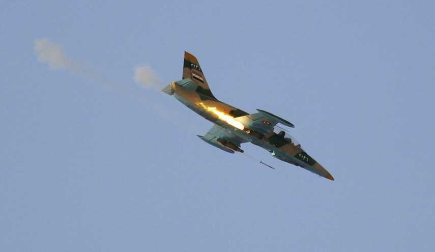 Syrian Fighter Jets Intensify Attacks on Terrorist Centers in Eastern Damascus