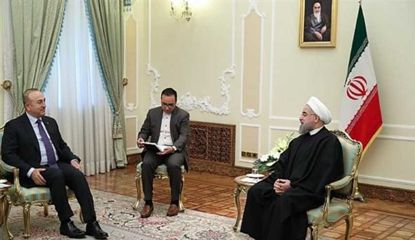 Turkish FM Confers with Iranian President