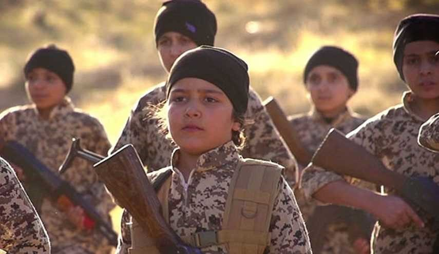 ISIL Forces Children to Fight in Eastern Aleppo