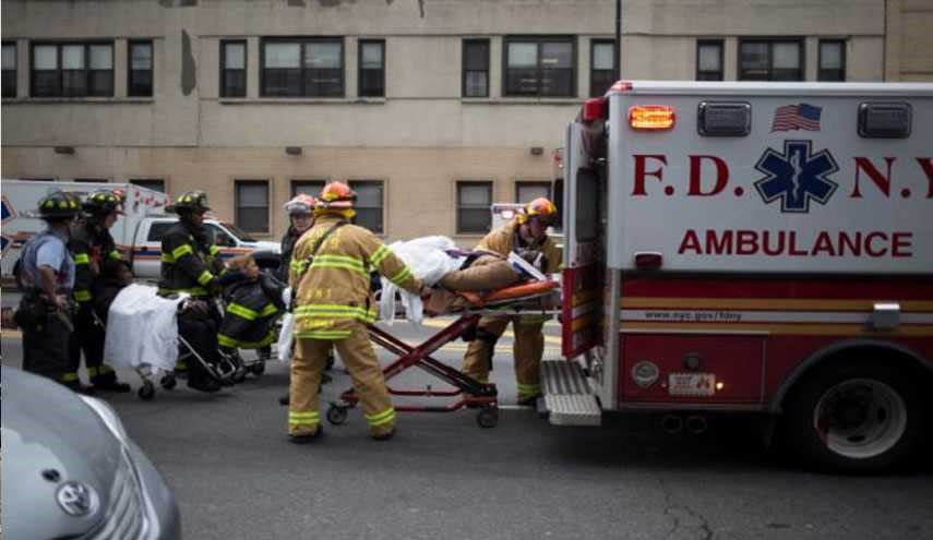 Train Derails in New York, 100 Hurt 11 Hospitalized