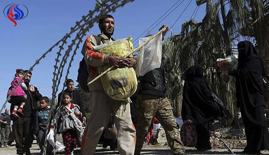 Civilians Run from Entrapped Terrorists in Mosul as Iraqi Forces Advance [PHOTOS]