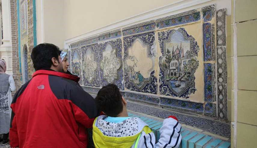 Tourists visit historical venues of Tehran