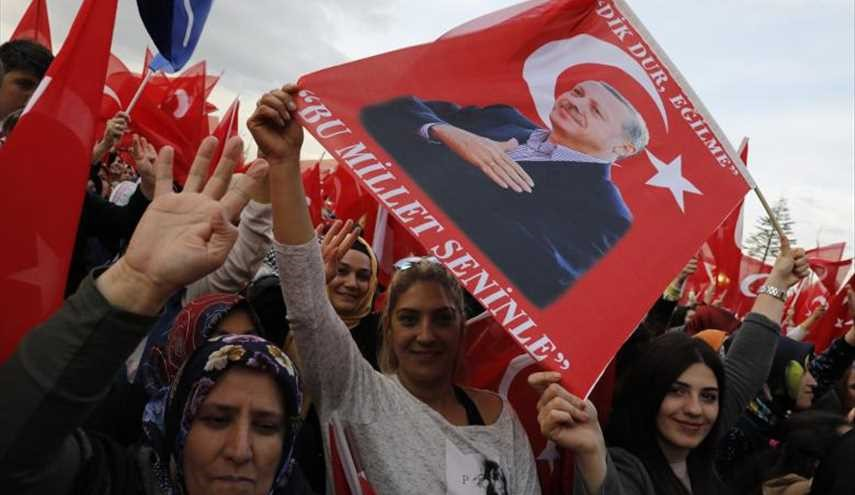 Referendum divides Turkey
