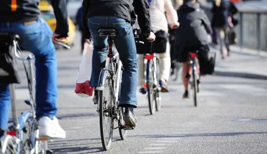 Cycling to work can cut cancer and heart disease, says study