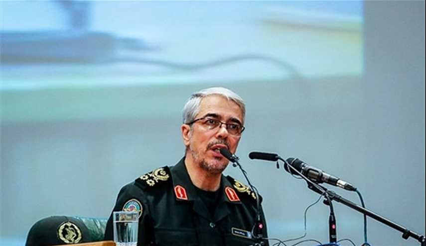 Iran's Top Commander Warns to Attack Terrorists' Hideouts in Pakistan