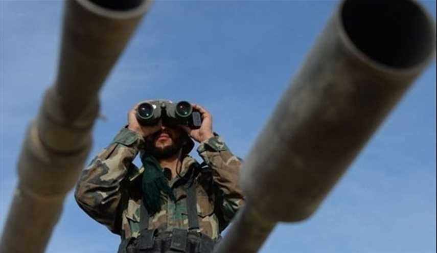Syrian Army, Hezbollah reinvigorate positions at border with Iraq regardless of US army warnings