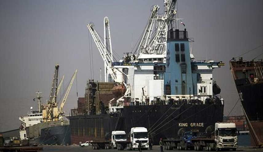 Iran sends 1,100 tonnes of food to Qatar daily: report