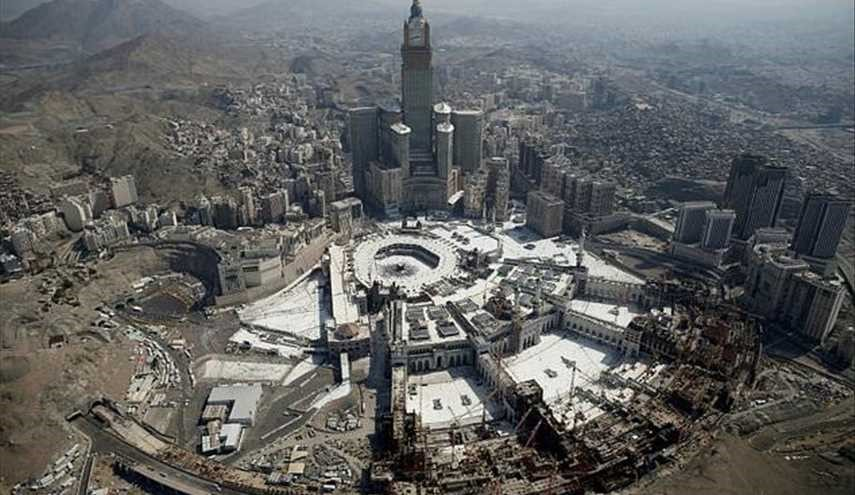 Suicide bomber targeting Mecca hurts six: Saudi police
