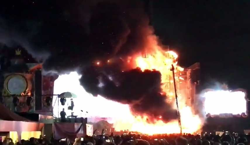 Massive Barcelona Festival Fire Evacuates 22,000