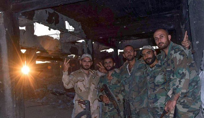 Terrorists Fail to Break through Syrian Army Positions in Eastern Damascus