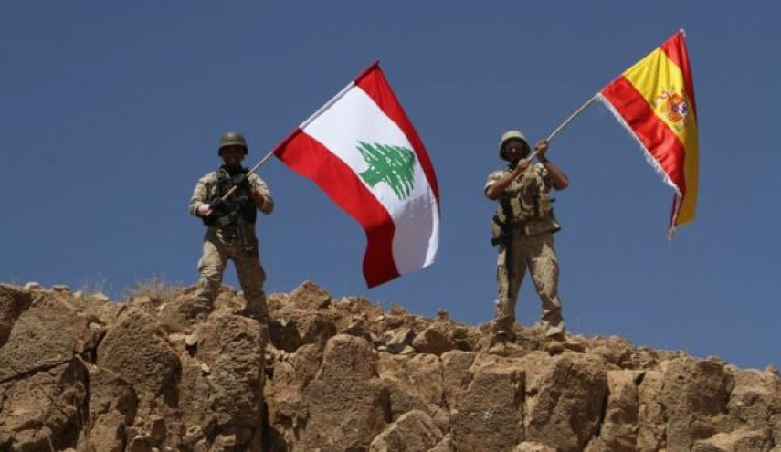 Lebanese army recaptures a third of ISIS stronghold, raises Spanish flag as a