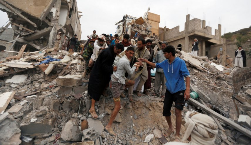 Yemen: 'Saudi-led' airstrike on apartment block kills 12 people