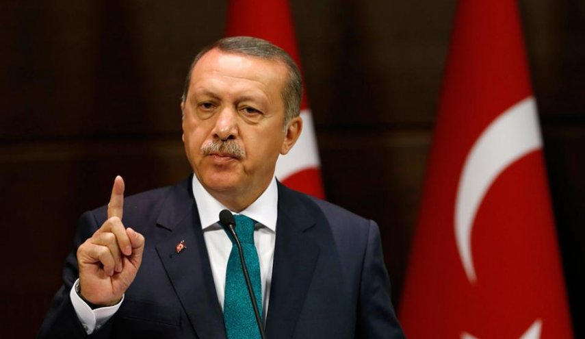 Turkey's Erdogan threatens to close oil taps over Kurdish referendum