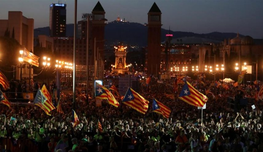Catalans occupy polling stations ahead of referendum