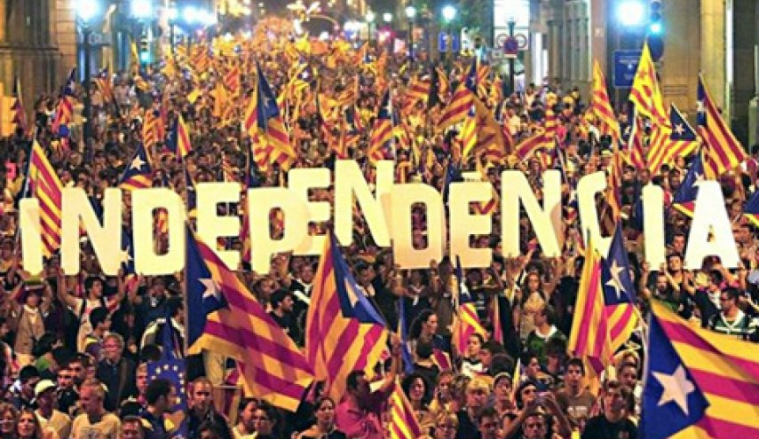 Spanish PM faces crisis after violent secession vote in Catalonia