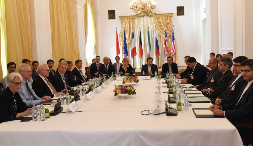 Russia, EU signal parting ways with US on Iran deal