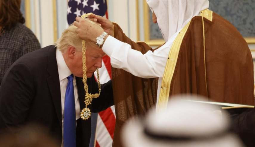Trump praises Saudi rulers after mass arrests for corruption