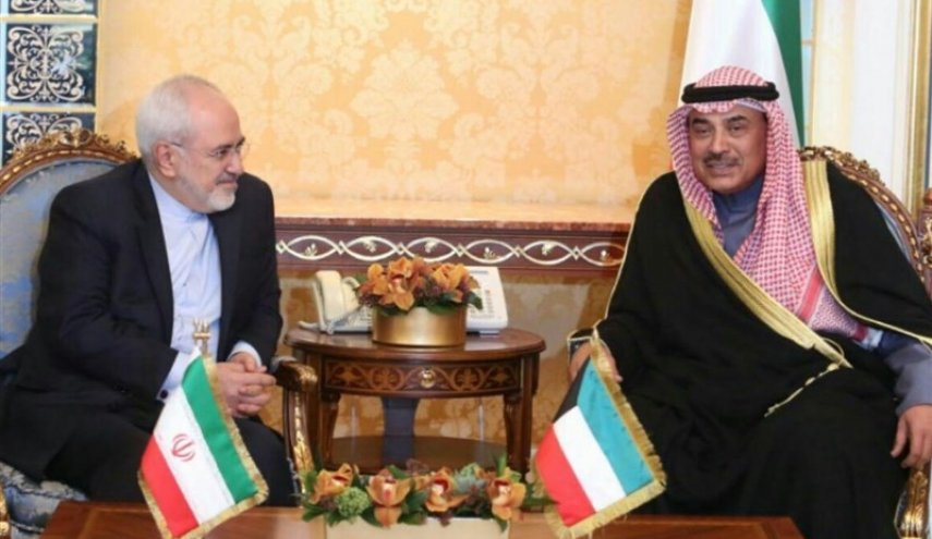 Zarif holds diplomatic meetings in Kuwait